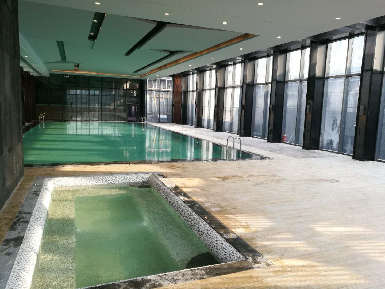 室内恒温泳池.jpg